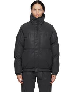 黑色填充夹克
