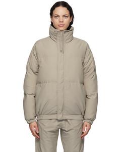 灰色填充夹克