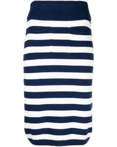 粉色丝绒大衣
