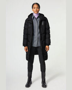 Fergy Down coat in Black