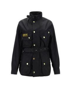 Printed T-shirt in black