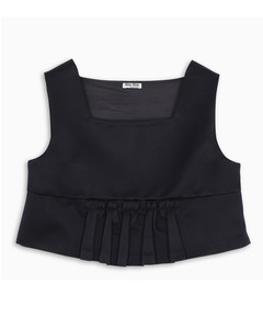 Black box cropped top