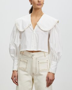 Iyo sleeveless coat