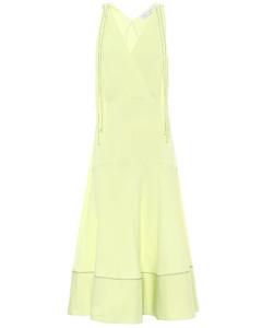 高科技針織連衣裙
