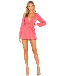 粉色印花长袖连衣裙
