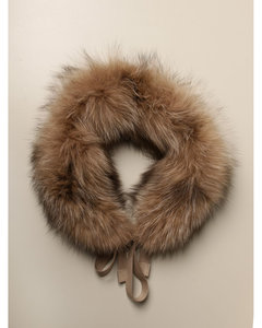 Gelada collar in fox fur