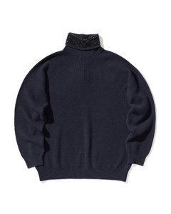 Studs embellished knit sweater