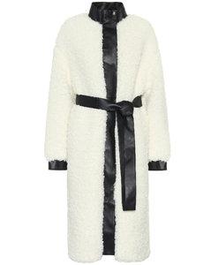 人造羊毛皮和皮革大衣