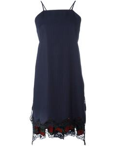 围裹式伞形连衣裙