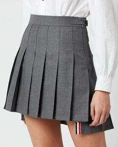 Women's Mini Dropped Back Pleated Skirt - Med Grey