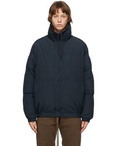 SSENSE发售海军蓝填充夹克
