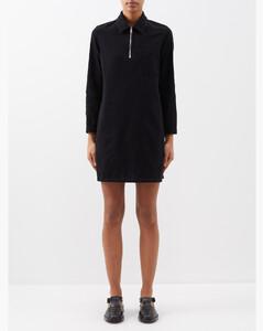黑色Crinkled Tyvek大衣