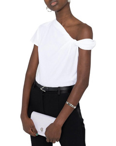 asymmetric knotted top