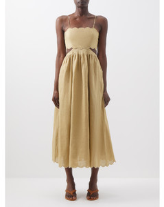 Bare Back Short Collar Dress in Black