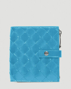 Intrecciato Woven Bi-Fold Wallet in Blue
