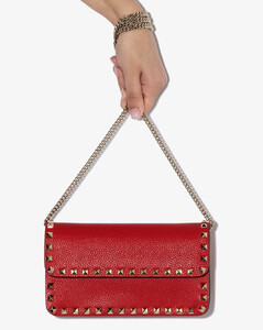 Garavani Red Garavani Rockstud leather shoulder bag