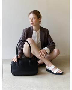 Nute Shoulder Bag / Black
