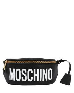 红色Shoelace剪羊毛挂包