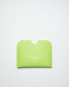 Link Handbag with Crochet Pattern