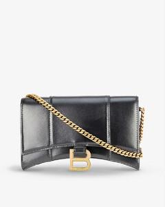 The softshot shoulder bag