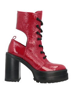 Leave No Trace sneakers in white