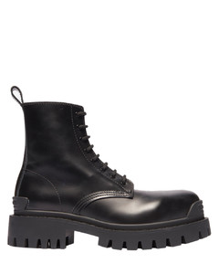 Strike lace up boot black