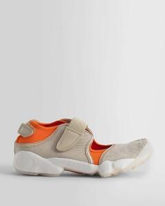 草编厚底凉鞋