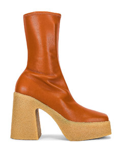 Skyla Stretch Boots in Brown