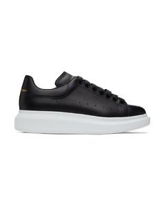黑色阔型运动鞋