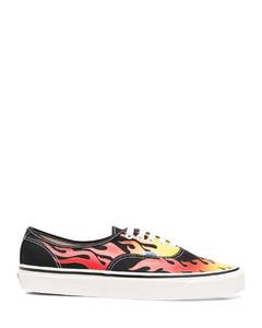 白色Gail运动鞋