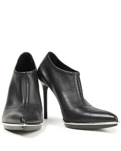 Woman Cara Leather Ankle Boots