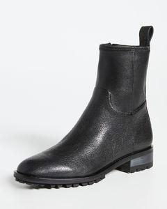 纤巧款平底踝靴