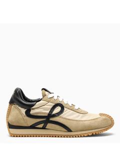 Beige/black Flow Runner sneakers