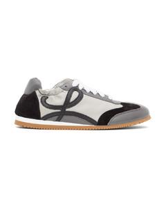 灰色Ballet Runner运动鞋