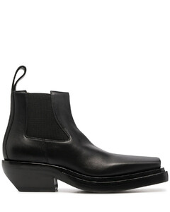 The lean leather ankle boots