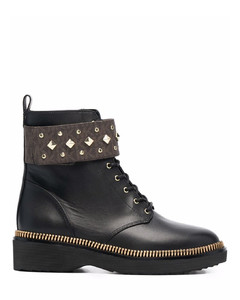 Jesse bow suede boots II and beanie set