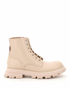 WANDER LEATHER BOOTS