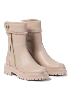 Montreal皮革及踝靴