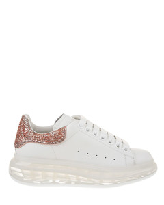 Woman White Oversize Sneakers With Pink Glitter Spoiler