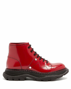 Tread exaggerated-sole patent-leather ankle boots