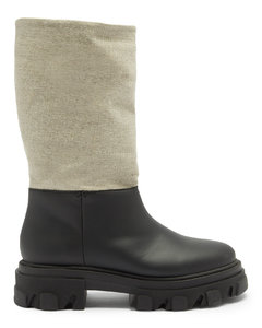 Leather and linen snow boots