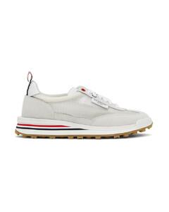 白色Tech Runner运动鞋