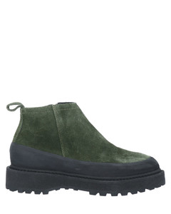Leather Boots In Heritage Red