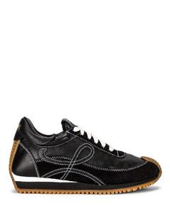 Flow Runner Sneaker in Black