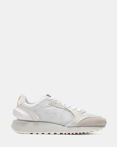 White runner loop sneakers