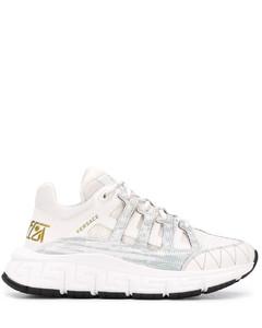 混合拼接设计运动鞋