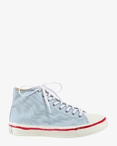 Cnvas sneakers
