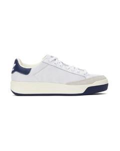 白色Rod Laver运动鞋