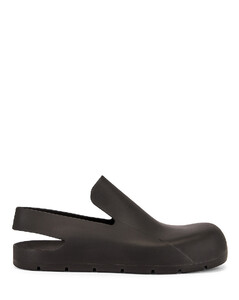 Puddle Sandals in Black