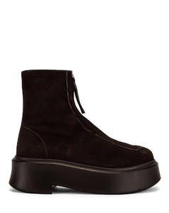 Zipped Boots in Brown